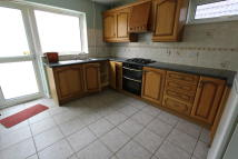 3 bedroom Detached house to rent in Elton Road, Banbury, OX16