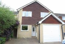 3 bed Detached house to rent in Taylor Close, Bicester...