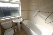 1 bedroom Flat to rent in Manor Road, Banbury...