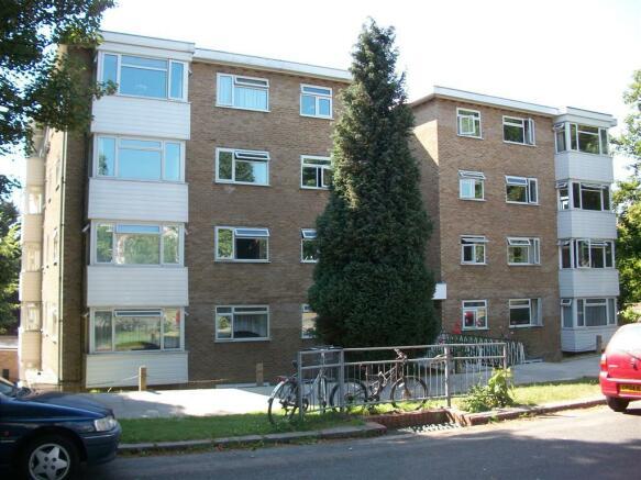 2 Bedroom Flat To Rent In Surrenden Lodge Surrenden Road Brighton Bn1