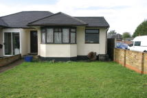 2 bedroom Semi-Detached Bungalow to rent in Fordwater Road, Chertsey...
