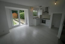 1 bed semi detached property in Hazelbank Road, Chertsey...