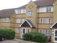 1 bed Apartment to rent in Hove Close, Grays