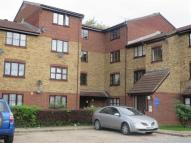 1 bed Apartment in Conway Gardens, Grays