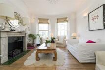 Needham Road Maisonette to rent