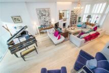 6 bedroom Terraced house for sale in Elsham Road, London