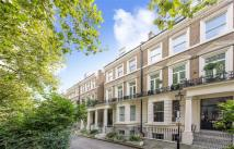 1 bedroom Apartment in Holland Park Avenue...