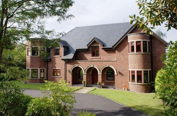 5 bedroom detached house for sale in congleton road