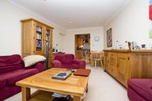 Forest Court Flat to rent