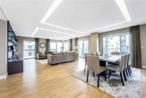 3 bed Apartment for sale in Spinnaker House...
