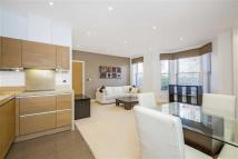 2 bedroom Apartment in Wendle Square, Battersea
