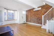property to rent in Wickersley Road, London