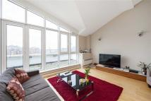 4 bedroom Apartment in Prices Court, Battersea