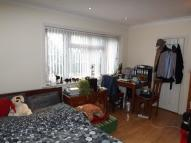 Studio flat to rent in Broadfields Avenue...