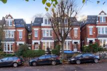 Flat to rent in Whitehall Park, Archway