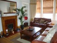 Flat in Cathcart Road, Glasgow