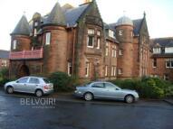 Flat to rent in Peter Coats Building...