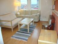 Apartment to rent in Renfield Street, Renfrew