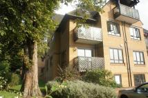 2 bed Flat for sale in Tudor Lodge...
