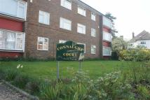 Connaught Avenue Flat to rent