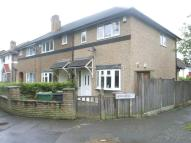 2 bed semi detached property to rent in Epping Glade, Chingford...
