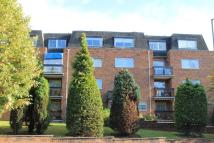 2 bedroom Flat in Hale Lane, Edgware, HA8