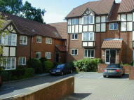 2 bedroom Flat to rent in Balmoral Court...