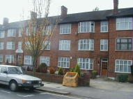 2 bedroom Ground Flat in St. Margarets Road...