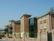 Flat to rent in Hale Lane, Edgware, HA8