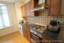 1 bedroom Flat to rent in The Broadway, London, NW7