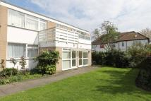 2 bedroom Maisonette for sale in Montgomery Road, Edgware...