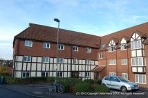2 bed Flat to rent in Priory Field Drive...