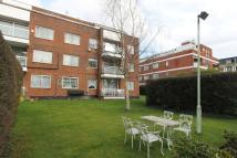 2 bed Ground Flat to rent in Stonegrove, Edgware, HA8