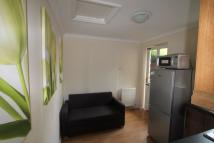 Ground Flat to rent in GLENDEVON CLOSE, Edgware...