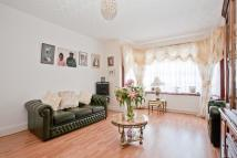 3 bed Terraced house in Dovercourt Avenue...