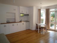 Studio apartment in Auckland Hill, London...