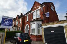 Flat to rent in Eardley Road, London...