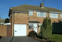 4 bed semi detached house in Main Road Hoo