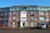 2 bed Ground Flat in Strathblane Gardens...