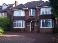 5 bedroom Detached property in Barton Road,  Luton, LU3