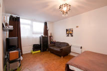 1 bedroom Studio apartment in Gardner Close, Wanstead