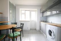 3 bedroom Flat to rent in Bradwell Close...