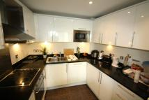 1 bedroom Apartment in Raphael House, High Road