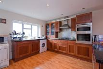4 bed Detached property in Rose Avenue...