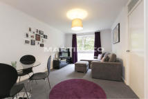 1 bedroom Apartment in Louise Court...