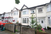 Mayville Road Terraced property to rent