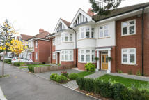 5 bed semi detached house in Gloucester Road, Wanstead