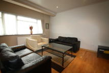 Eastern Avenue Terraced house to rent