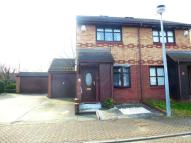 2 bedroom semi detached house in Maypole Road, Gravesend