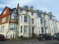 Apartment to rent in Cambridge Road, Walmer ...